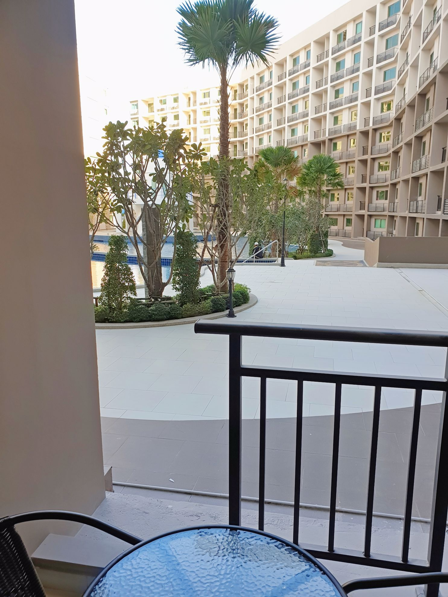 Picture of -1 Bedroom Pool view